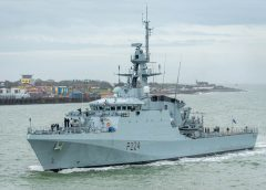 HMS Trent Commissions and Deploys on Same Day